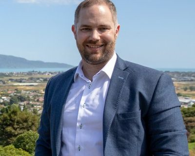Gwynn Compton aims to bring fresh leadership to Kāpiti